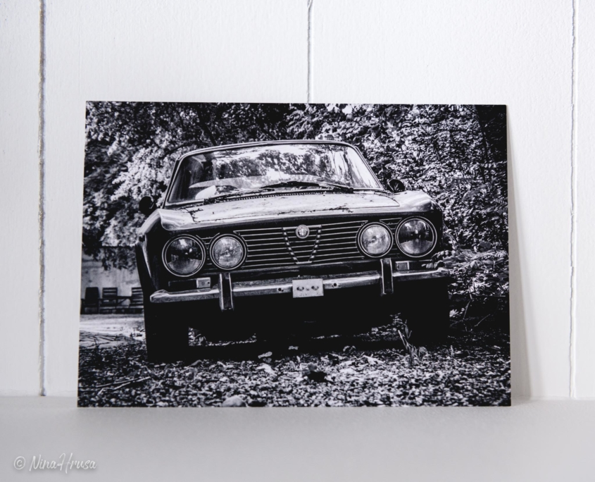 Postkarte Alfa Romeo Oldtimer, Zwischenmomente | Nina Hrusa Photography